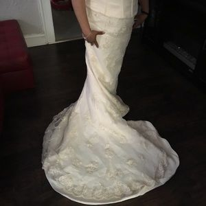 TWO PIECE WEDDING GOWN SIZE 14